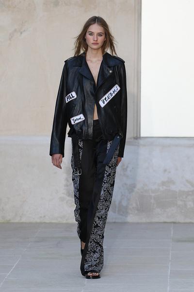 Неделя моды в Париже: день первый | галерея [1] фото [9]