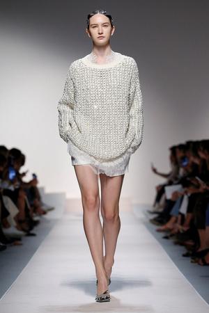 Прозрачные пижамы Ermanno Scervino, которые нужны нам всем будущей весной (фото 2.1)