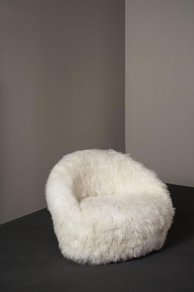 Топ-10: аксессуары и мебель из меха (фото 8)