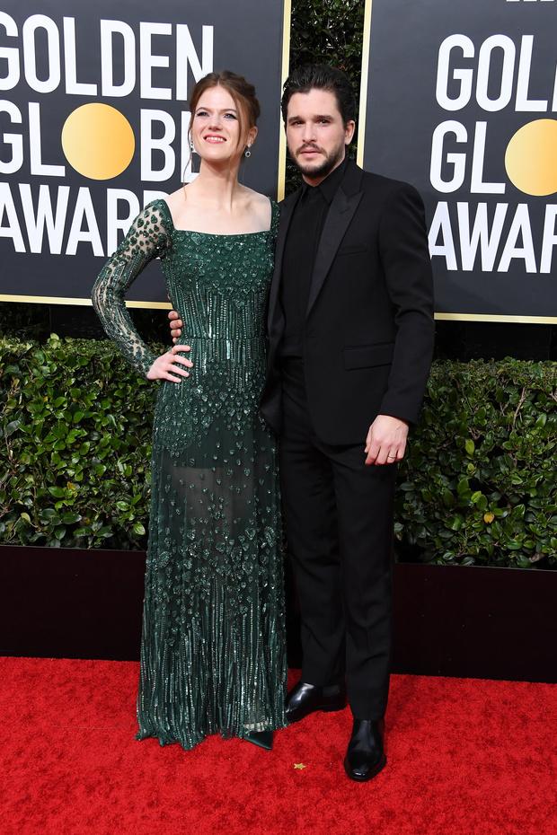 Кит Харингтон и Роуз Лесли на премии «Золотой глобус» (фото 1)