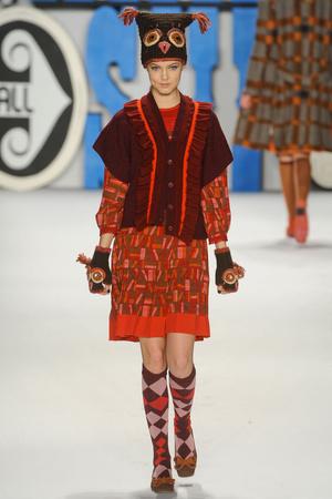 Показ Anna Sui коллекции сезона Осень-зима 2012-2013 года Prêt-à-porter - www.elle.ru - Подиум - фото 348530