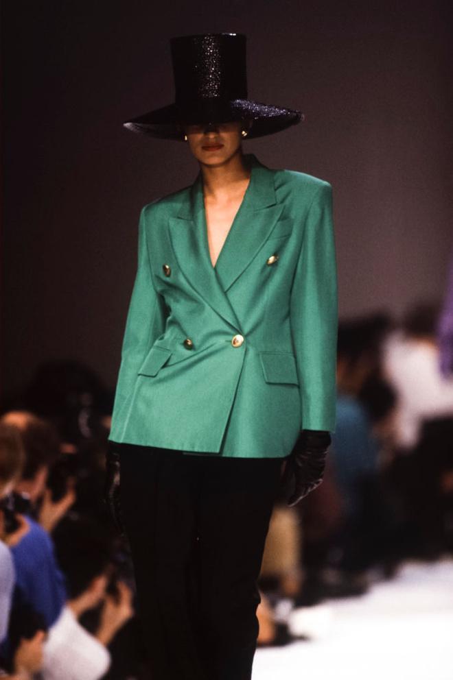 Потрясающая история одного показа: весна-лето 1990, Christian Dior (фото 8)