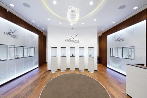 Часовой дом Breguet открывает бутик в Галереях «Времена Года» | галерея [1] фото [2]