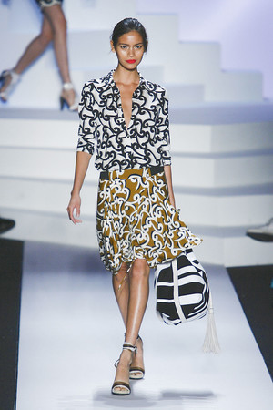 Показы мод Diane Von Furstenberg Весна-лето 2011 | Подиум на ELLE - Подиум - фото 2673