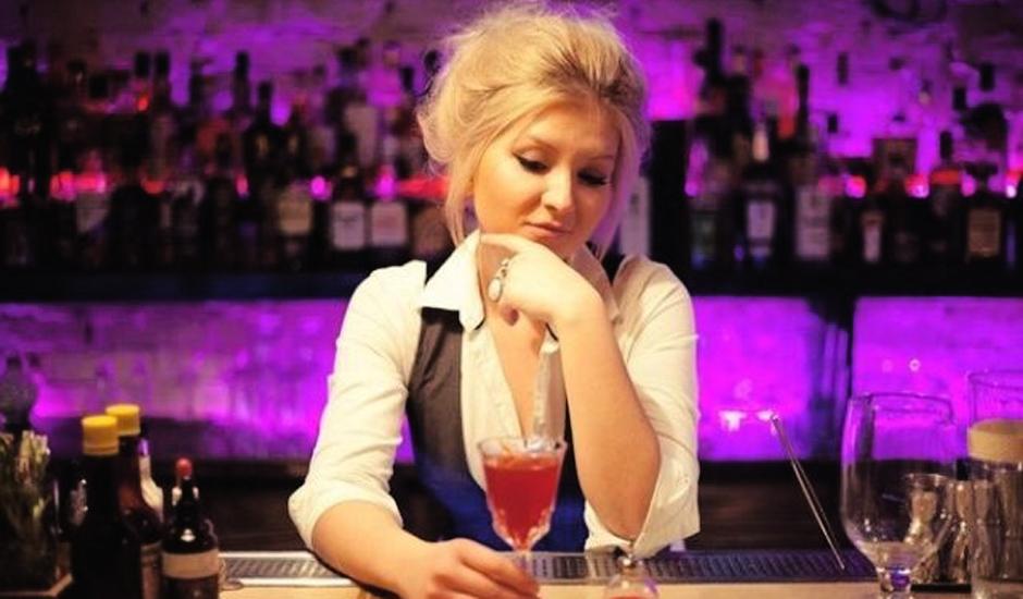 Вакансии девушек барменов
