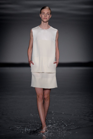 Показ Maison Rabih коллекции сезона Осень-зима 2011-2012 года Haute couture - www.elle.ru - Подиум - фото 277858