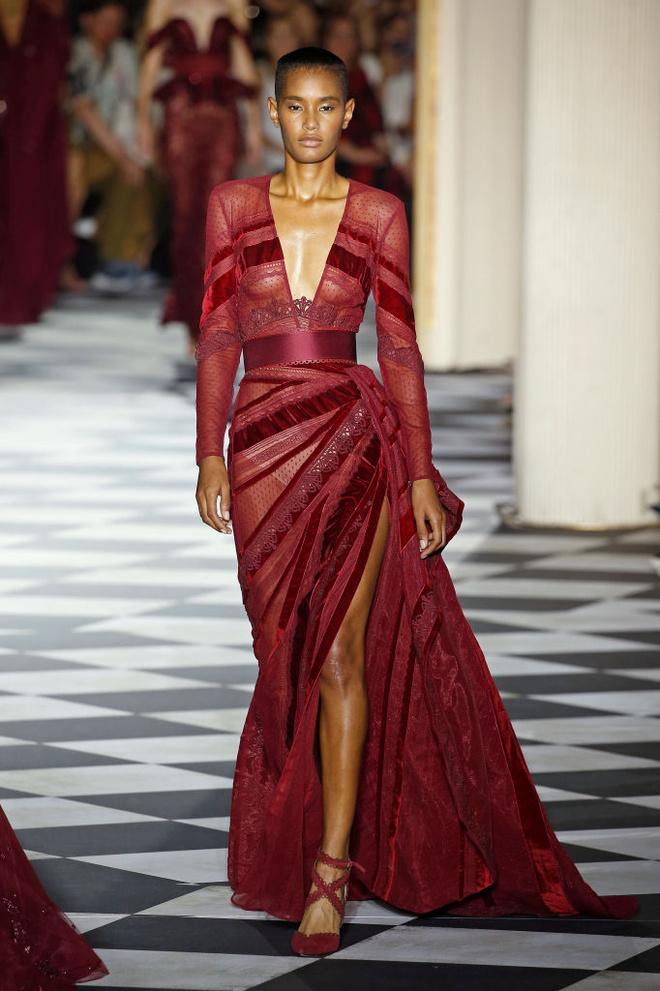 Великолепный век: 10 лучших платьев с показа Zuhair Murad (фото 4)