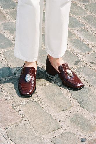 Лоферы — идеальная обувь для весенних прогулок. Какие купить и с чем носить? (фото 10.1)