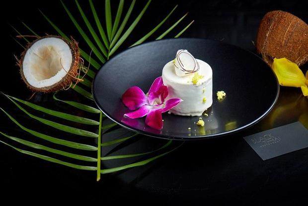 Sweet dreams: ягодный тарт, земляничная страчателла, кокосовый торт и еще 2 рецепта необычных десертов (фото 13)