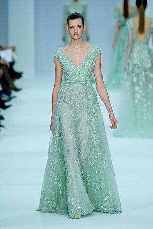 Показ Elie Saab коллекции сезона Весна-лето 2012 года haute couture - www.elle.ru - Подиум - фото 332668