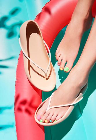 Чей туфля: обувь от известных дизайнеров и архитекторов (фото 48.1)