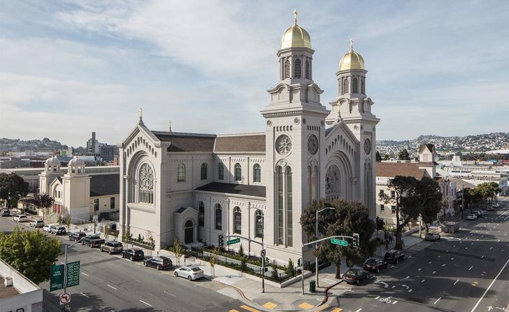 Дизайн-галерея в старой церкви Сан-Франциско (фото 0)