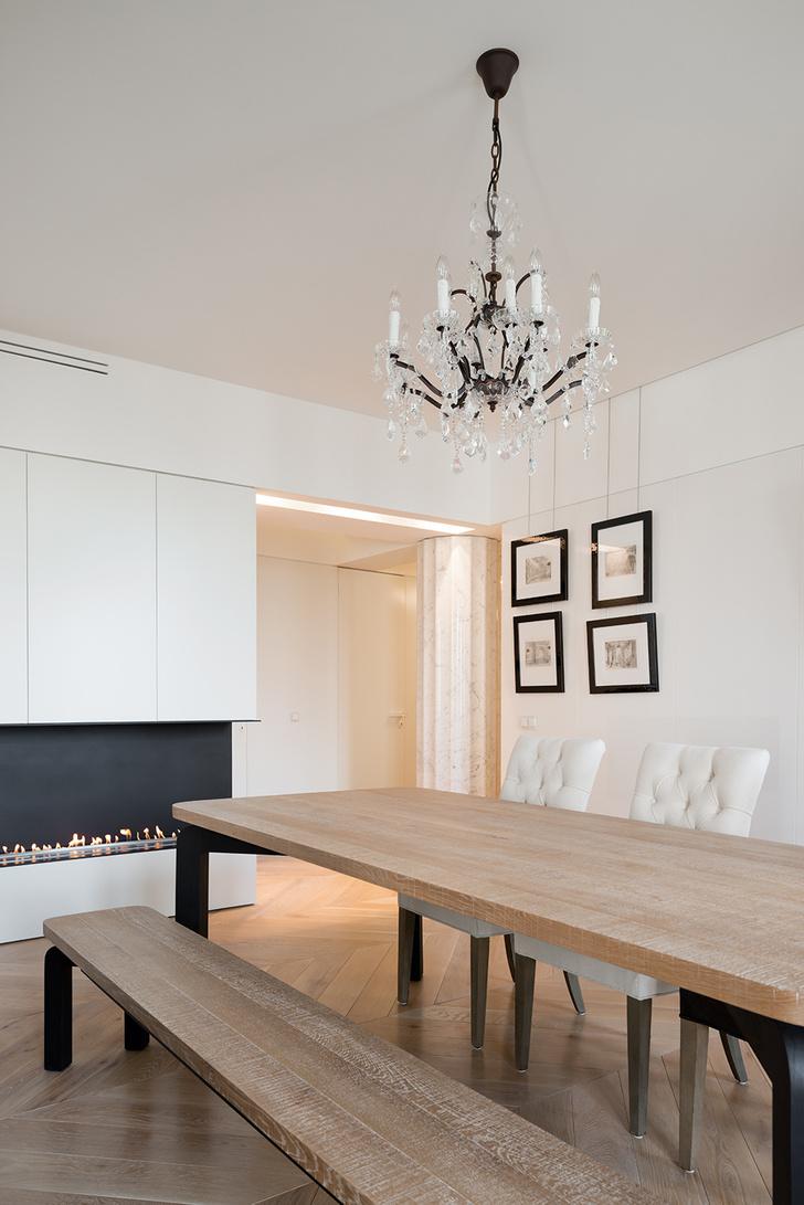 Московский минимализм: светлая квартира с деревянными ставнями (фото 6)