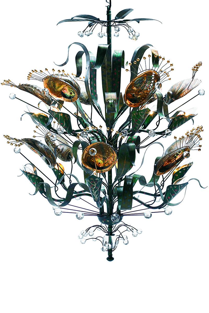 Люстра Abalone, дизайн Тони Дюкетта, Baker, шоу-румы BVS Interiors, «Интерьеры Экстра Класса», от 33 255 у.е.
