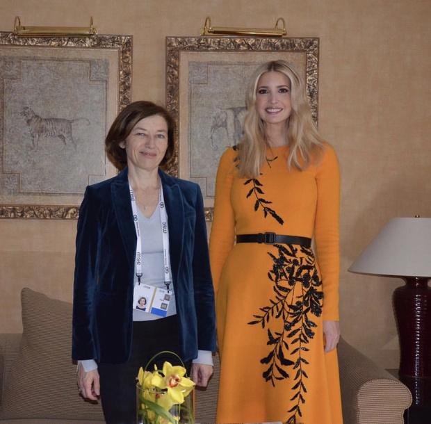 Почему Иванке Трамп нельзя носить оранжевый цвет? (фото 1)