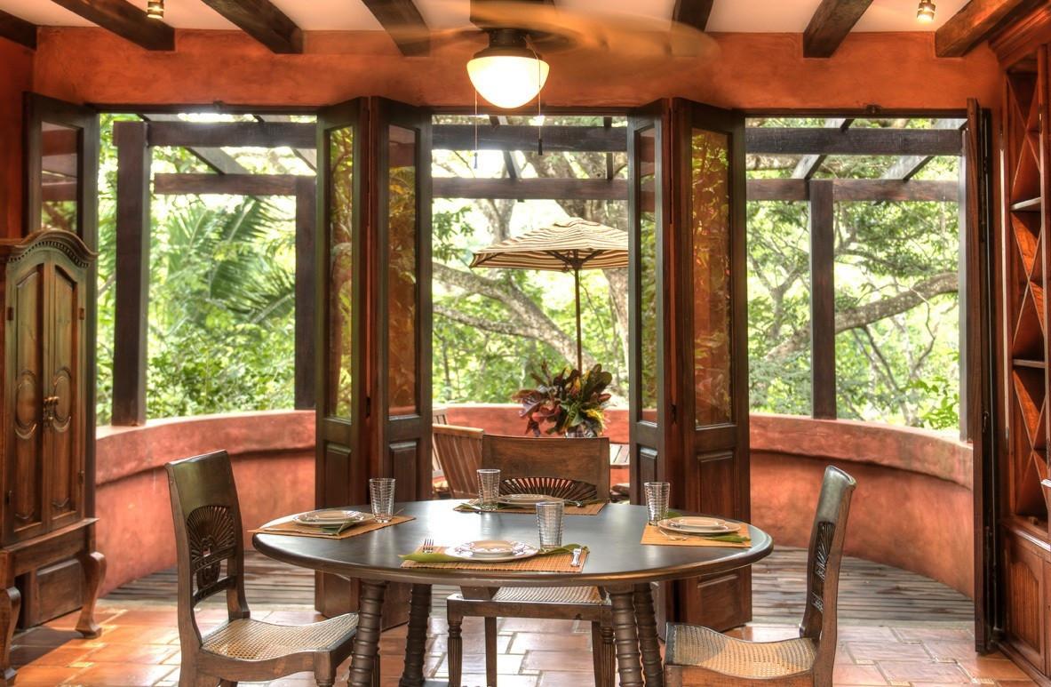 Мэл Гибсон продает виллу в Коста-Рике | галерея [1] фото [7]