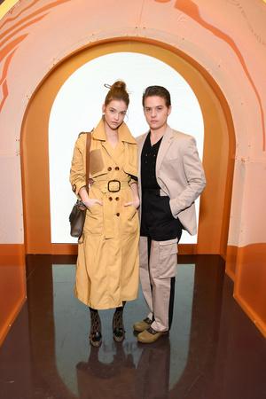 Модная парочка: Дилан Спроус и Барбара Палвин на вечеринке Fendi (фото 1.1)