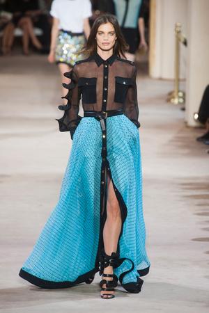 Показы мод Emanuel Ungaro Весна-лето 2014 | Подиум на ELLE - Подиум - фото 3687