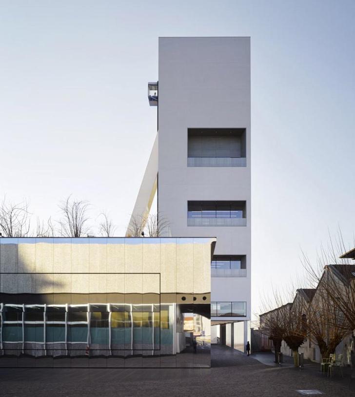Новое здание Fondazione Prada в Милане откроется в апреле (фото 0)