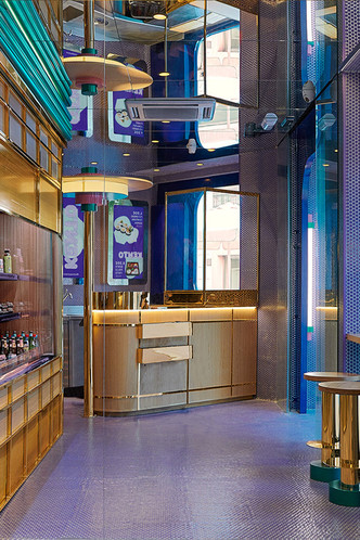 Фиолетовый суши-бар Kento в Валенсии (фото 6.1)