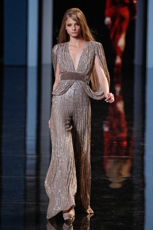 Показ Elie Saab коллекции сезона Осень-зима 2010-2011 года haute couture - www.elle.ru - Подиум - фото 168166