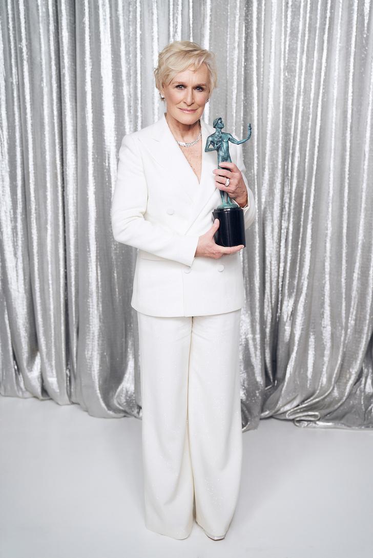 Лучшие образы звезд на красной дорожке SAG Awards 2019 (фото 1)