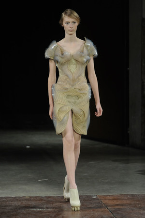 Показ  коллекции сезона Весна-лето 2012 года Haute couture - www.elle.ru - Подиум - фото 331097