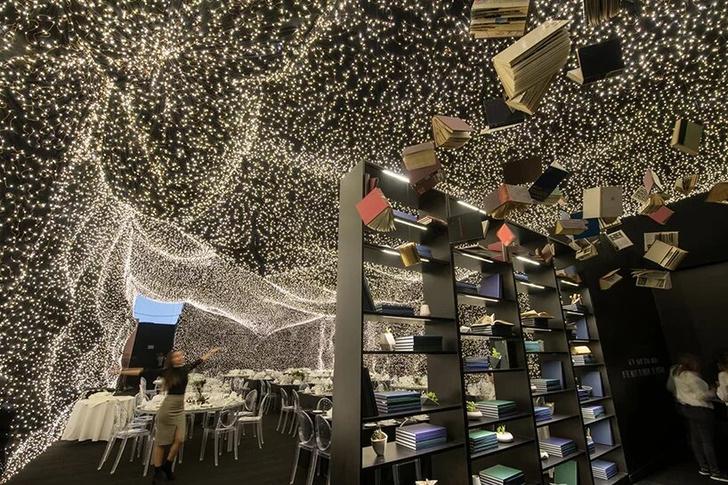 250 000 led-огней украшают ресторан Interstellar в Мехико (фото 7)