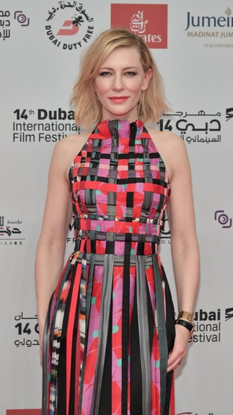 Образ дня: Кейт Бланшетт в платье Giorgio Armani на фестивале в Дубае (фото 3)