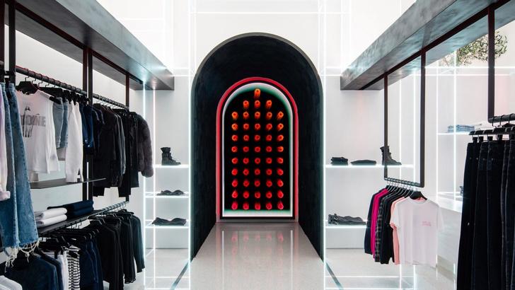 Бутик модного бренда RtA в Лас-Вегасе (фото 0)