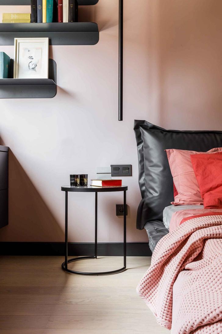Современная интерпретация стиля mid-century для двухкомнатной квартиры в Краснодаре (фото 16)