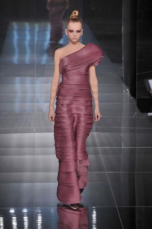 Показ Valentino коллекции сезона Весна-лето 2009 года haute couture - www.elle.ru - Подиум - фото 86972