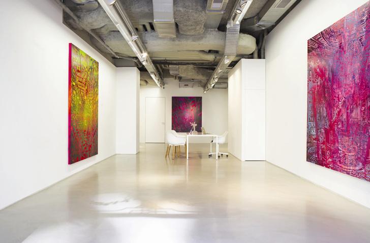 Пространство галереи Art District.