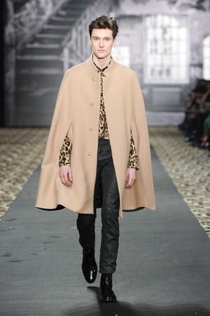 Показы мод Just Cavalli Осень-зима 2012-2013 | Подиум на ELLE - Подиум - фото 1516