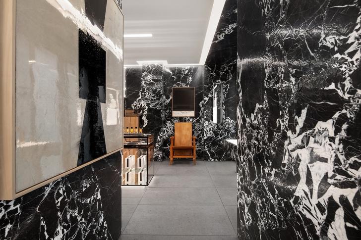 Парфюмерный бутик Celine в Париже (фото 2)