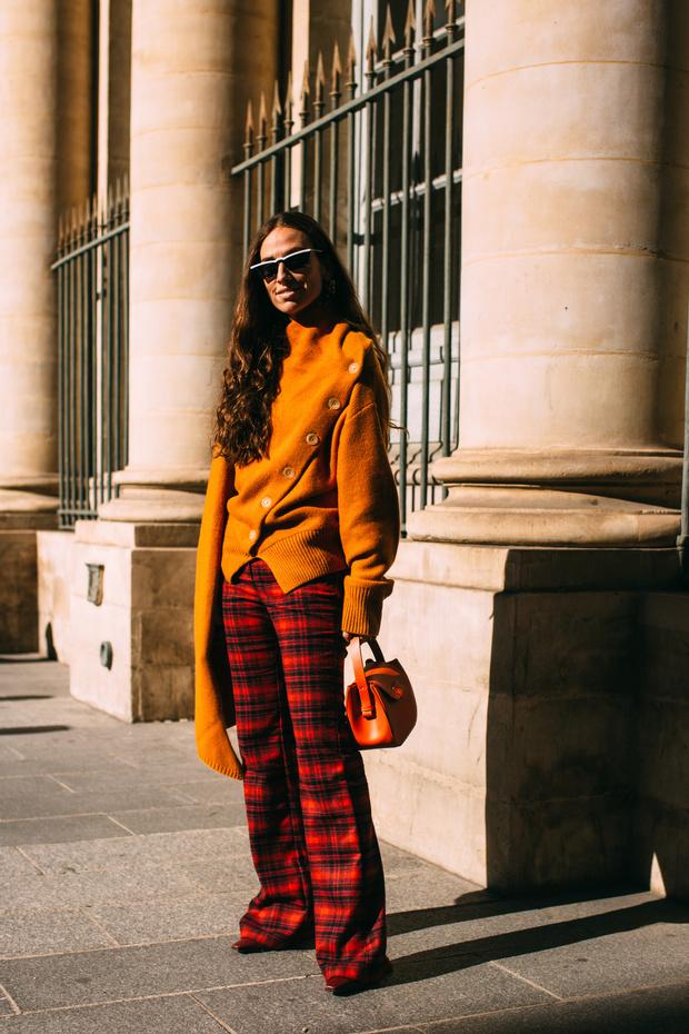 Как одеться на работу: 5 модных образов на каждый день недели (фото 6)