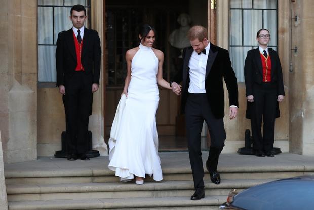 О них мечтали все: свадебные платья звезд, которые поступили в продажу после торжества (фото 14)