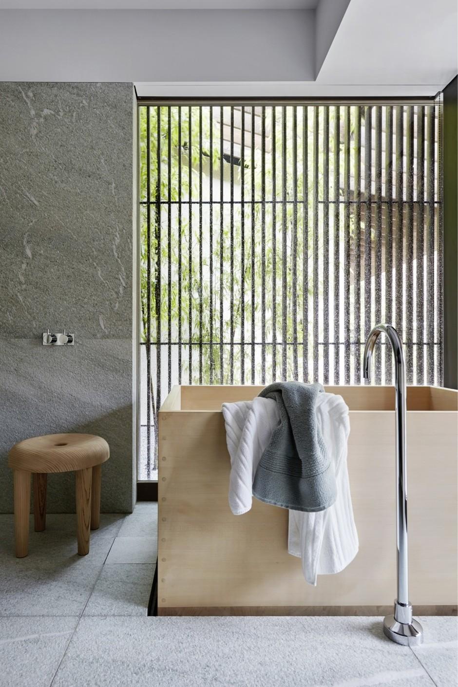 15 интерьеров с необычной ванной (галерея 0, фото 1)