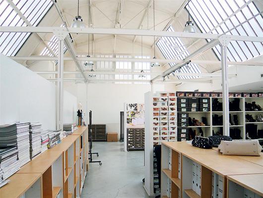 Фото №2 - Парижская студия дизайнера Барбары Бюи