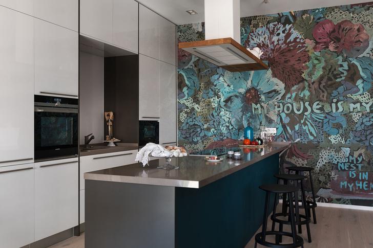 Дизайнерская квартира для трех сестер в Киеве (фото 0)