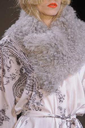 Показ A.F. Vandevorst коллекции сезона Осень-зима 2013-2014 года Prêt-à-porter - www.elle.ru - Подиум - фото 542294