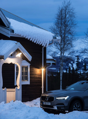 Volvo Cars и Tablet Hotels