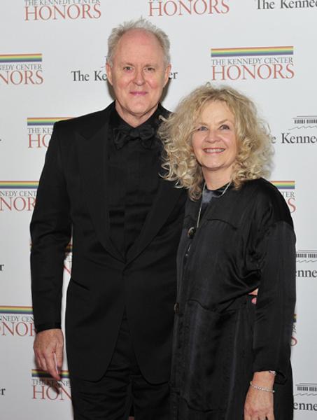 Джон Литгоу с женой