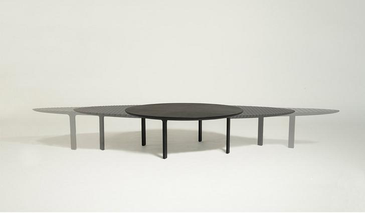 Томас Хизервик Friction Table фото [1]