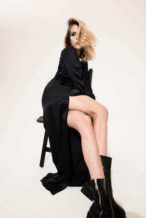 Как носить вещи из подиумной коллекции H&M Studio AW 17? фото [24]