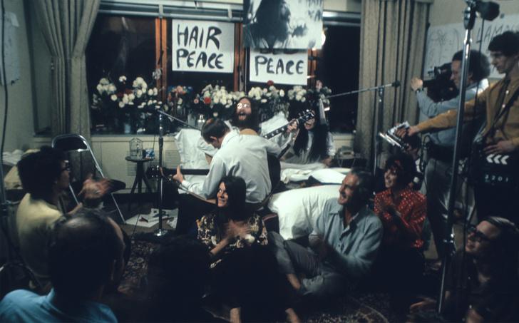 «В постели за мир»: 50-летие акции Джона Леннона и Йоко Оно в отеле Fairmont (фото 2)