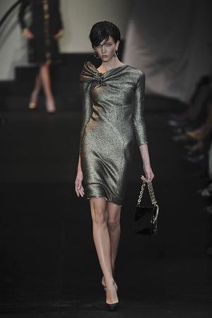 Показ Giorgio Armani Privé коллекции сезона Осень-зима 2009-2010 года haute couture - www.elle.ru - Подиум - фото 87704