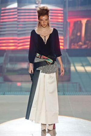 Показы мод Vivienne Westwood Весна-лето 2014 | Подиум на ELLE - Подиум - фото 3660