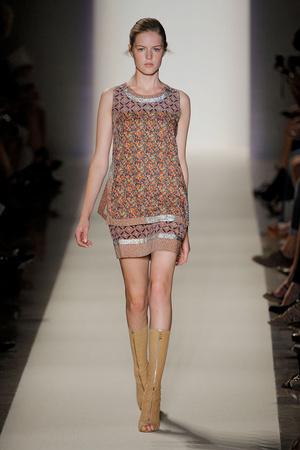 Показ Vanessa Bruno коллекции сезона Весна-лето 2012 года prêt-à-porter - www.elle.ru - Подиум - фото 316987