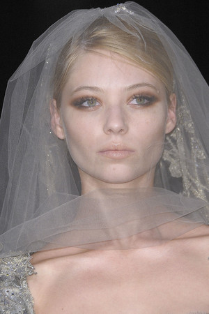 Показ Elie Saab коллекции сезона Осень-зима 2010-2011 года Haute couture - www.elle.ru - Подиум - фото 168140